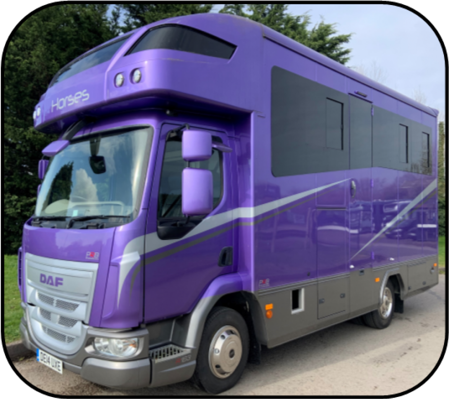AS NEW - LOW MILEAGE - TWO HORSE EURO 6 COMPACT DAF * DE14 UXE*