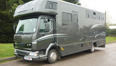 21 FOOT TWO HORSE BOX - DSZ 1421