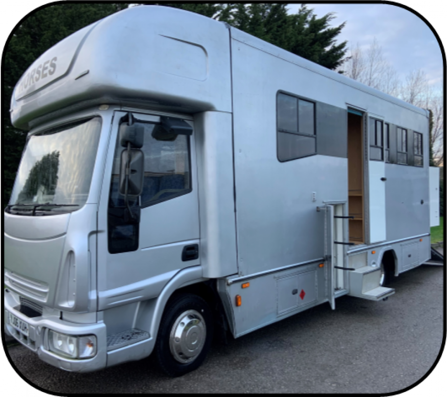 IVECO 2HORSE/ 3PONY 7.5TONNE - YJ06XUH